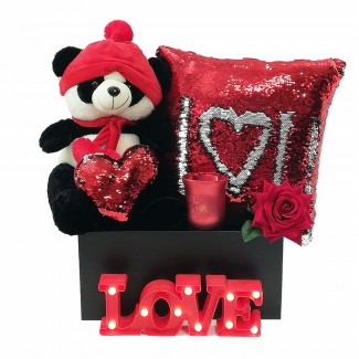 Panda in Love Gift Box