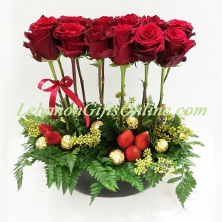 Roses on the Top of strawberries and Chocolate