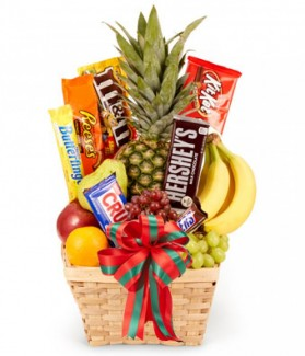 Christmas Fruit and Candy Gift Basket