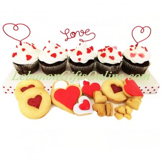 Love cupcakes and Heart Cookies