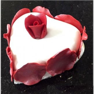 White Heart with red rose Cake